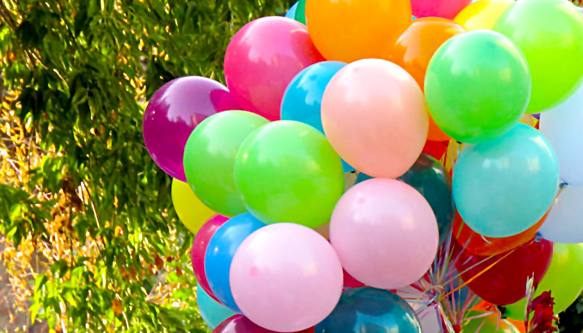 New Virginia Law Fines People $25 for Releasing Balloons