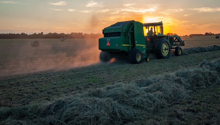 Congress Attempts to Crack Down on Chinese Acquisition of American Farmland