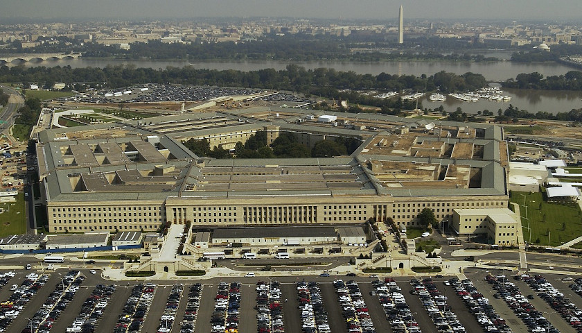 Pentagon Contractor Paid to Tackle 'Extremism' Claims Searching for 'The Truth About' BLM Implies White Supremacist Behavior