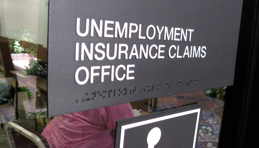Jobless Claims Fall Below 400,000, Hit Economists' Expectations