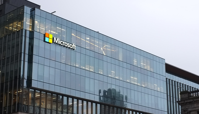 Microsoft VP Says It's 'Shocking' How Routinely the Government Secretly Demands Private Customer Data