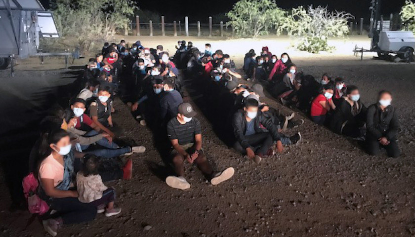 Nearly 200 Migrants Detained Near Tucson