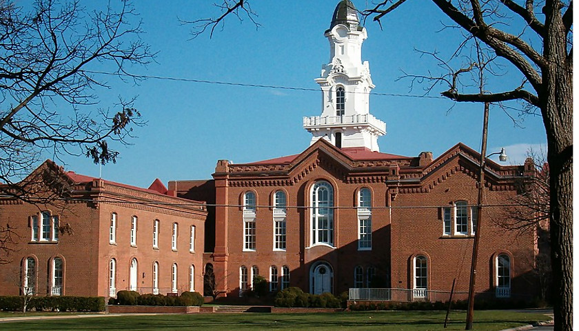 Virginia Theological Seminary Pays First Round of Reparations Checks