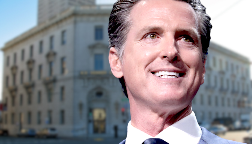 After Recall, Newsom to Require COVID Vaccine Proof or Negative Test at Smaller Indoor Events