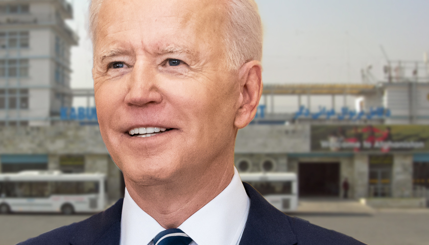 'This Is a Massive F*** Up': Team Organizing Private Flights out of Afghanistan Says the Biden Administration Has Been an 'Impediment' to Their Evacuations