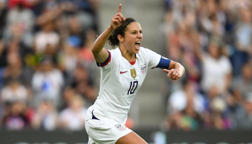 Only One Member of U.S Women's Soccer Team Stands for National Anthem