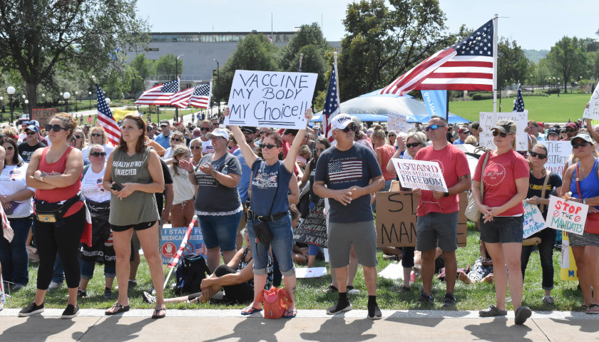 Thousands Gathered at Medical Freedom Rally at Minnesota State Capitol