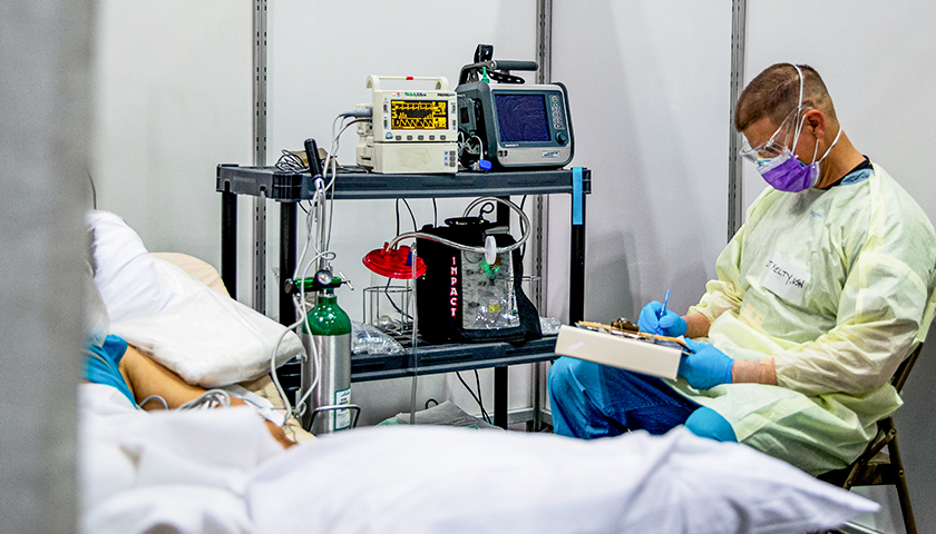 Texas Doctors Float Possibility of Denying Patients Based on Vaccination Status if ICUs Become Full