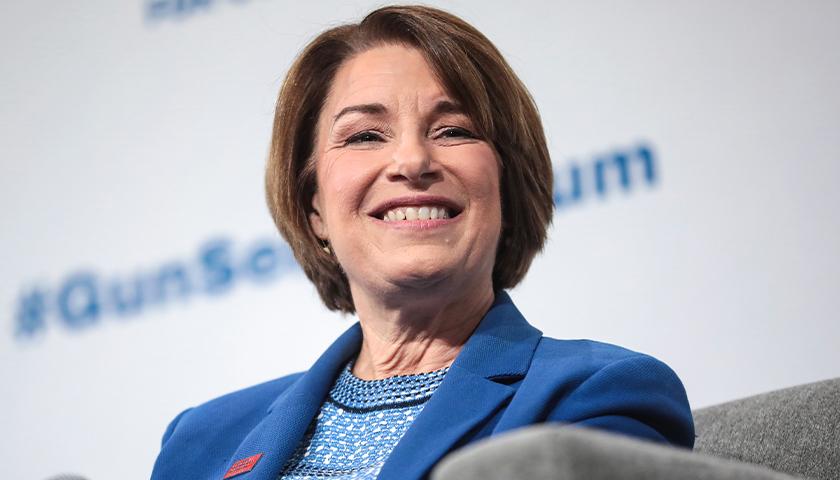 Minnesota Senator Amy Klobuchar Reveals Previous Breast Cancer Diagnosis, Successful Treatment
