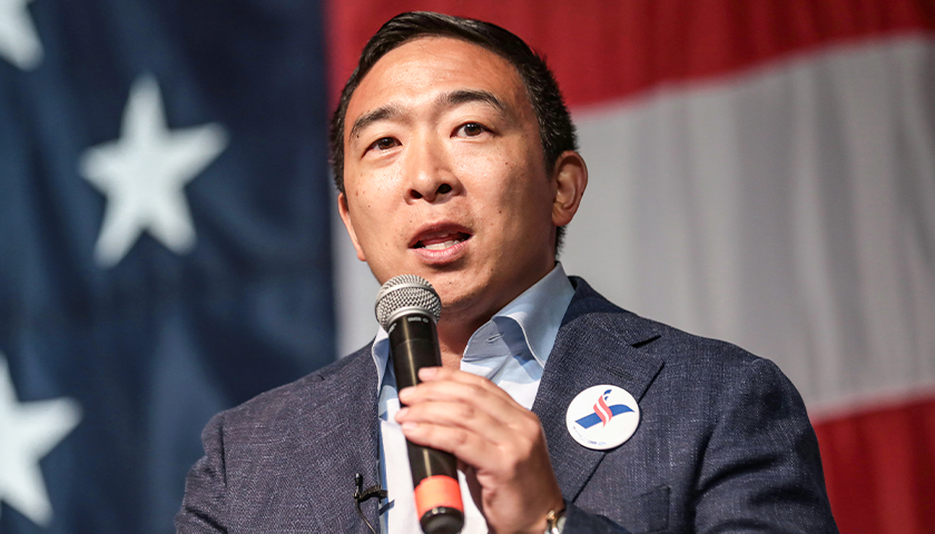 Andrew Yang Leaves Democratic Party to Form His Own Third Party