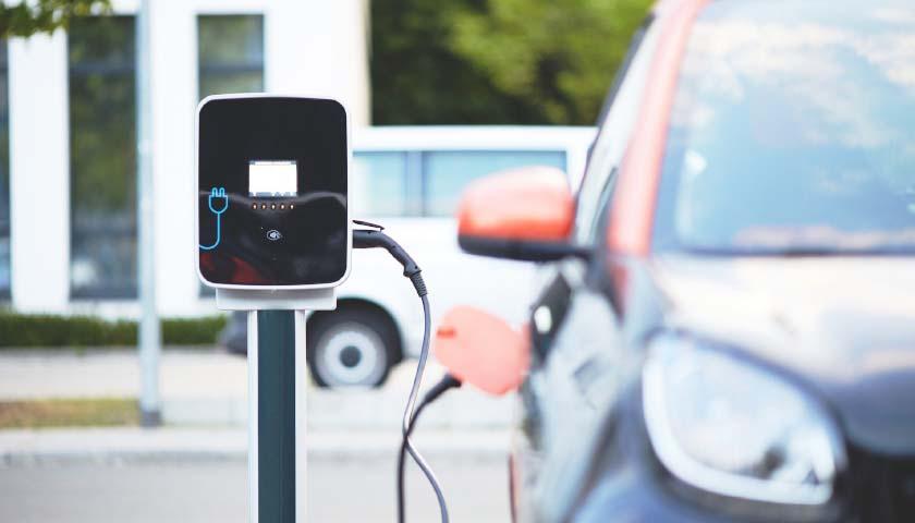 Electric Cars Are Coming, Michigan Prepares