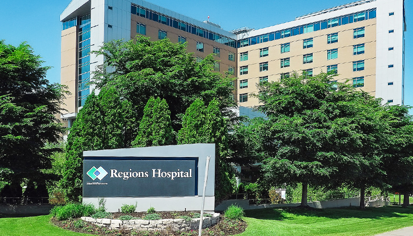 Nurse at Regions Hospital in Minnesota Reveals Internal Memo That Tells Clinicians Not to Offer Medical Exemptions for COVID Vaccine
