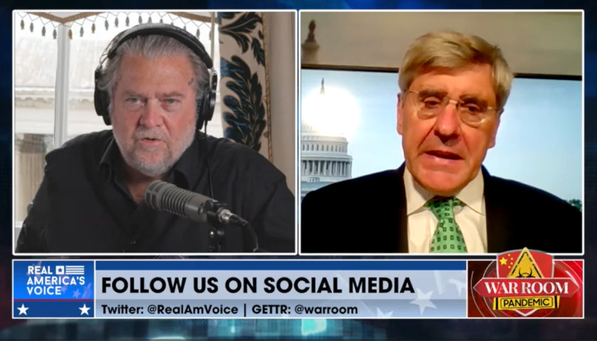 War Room: Steve Bannon to Steve Moore, 'We Are the DIP Lenders, No More Continuing Resolution'